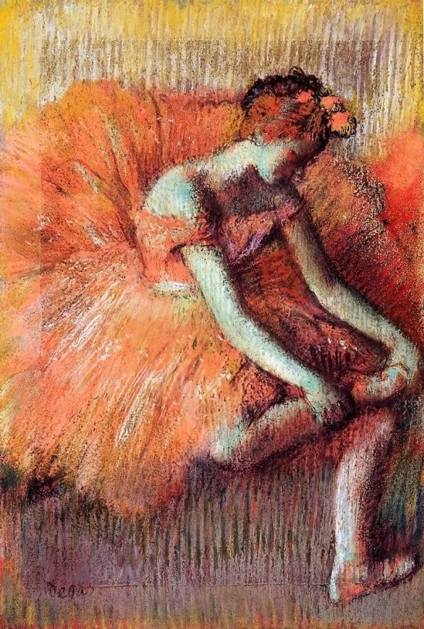 Degas-DancerPuttingOnShoe