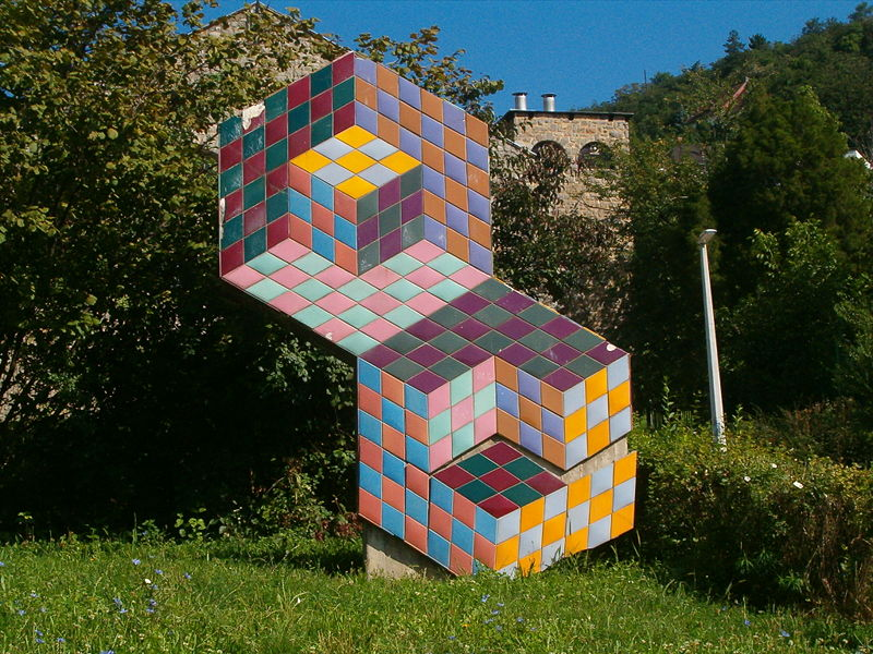 Vasarely-Sculpture